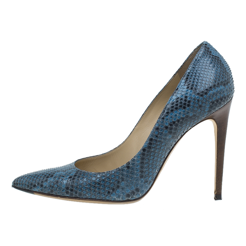 Dolce and Gabbana Blue Python Belluci Pointed Pumps Size 39