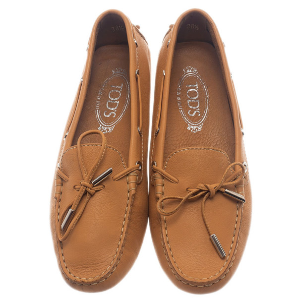 Tod's Beige Leather Bow Loafers Size 38.5