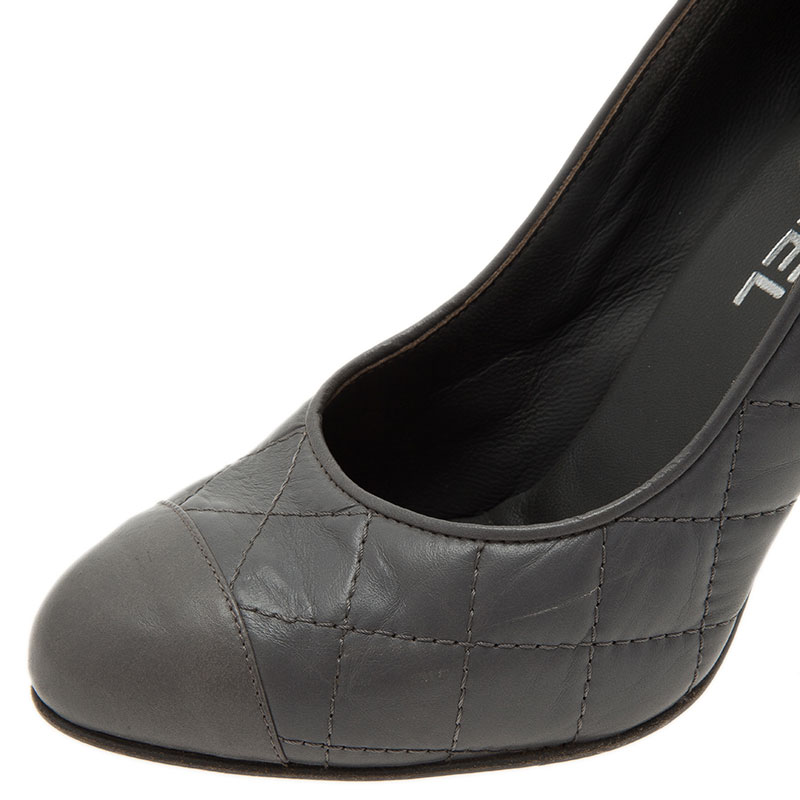 Chanel Grey Leather Pumps with Reissue Pouch Size 37