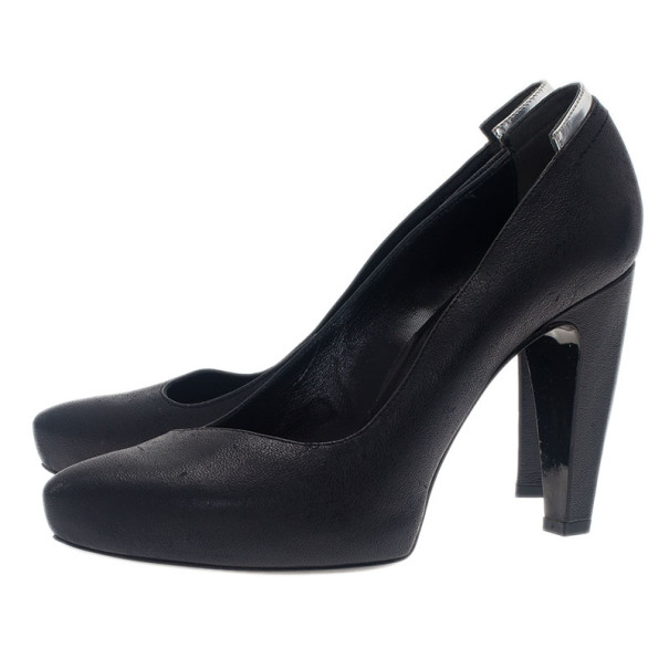 Balenciaga Black Leather Asymmetrical Pumps Size 38.5