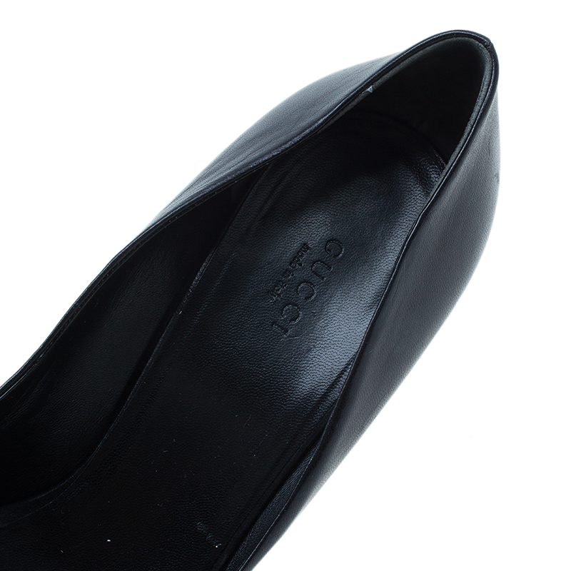 Gucci Black Leather Hollywood Horsebit Peep Toe Pumps Size 40.5