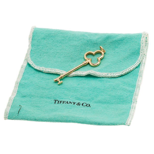 Tiffany & Co. Trefoil Key 18K Yellow Gold Pendant Necklace