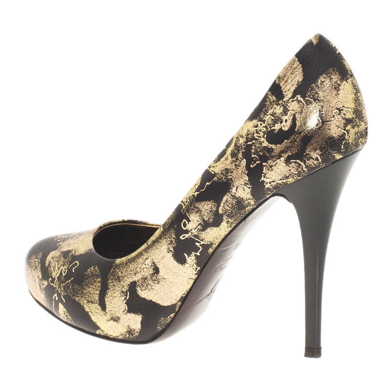 Giuseppe Zanotti Gold and Black Brocade Embossed Leather Pumps Size 38.5