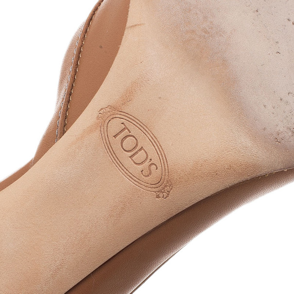 Tod's Beige Leather D'orsay Pumps Size 39