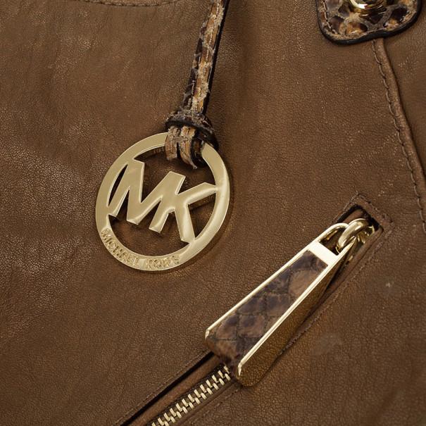 Michael Kors Tonne Leather Hobo