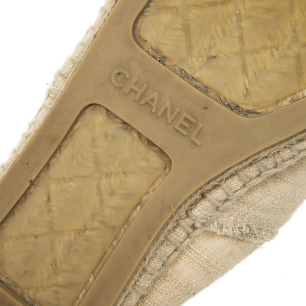 Chanel Black & White CC Canvas Espadrilles Size 38