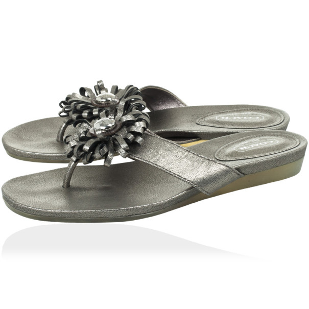 Coach Silver Metallic Skye Flower Thong Sandals Size 36.5