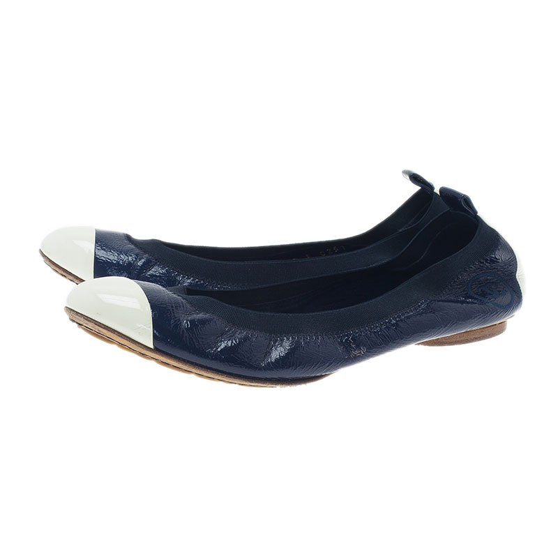 Chanel Blue and White Leather CC Cap Toe Ballet Flats Size 37.5