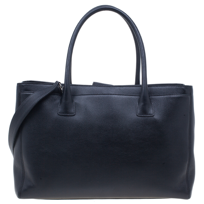 Chanel Black Leather Shopping Cerf Tote