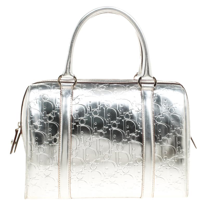 4f3fe27533f ... nextprev. prevnext  classic 91990 d2990 ... Christian Dior Metallic  Silver Oblique Monogram Leather Boston Bag. ...
