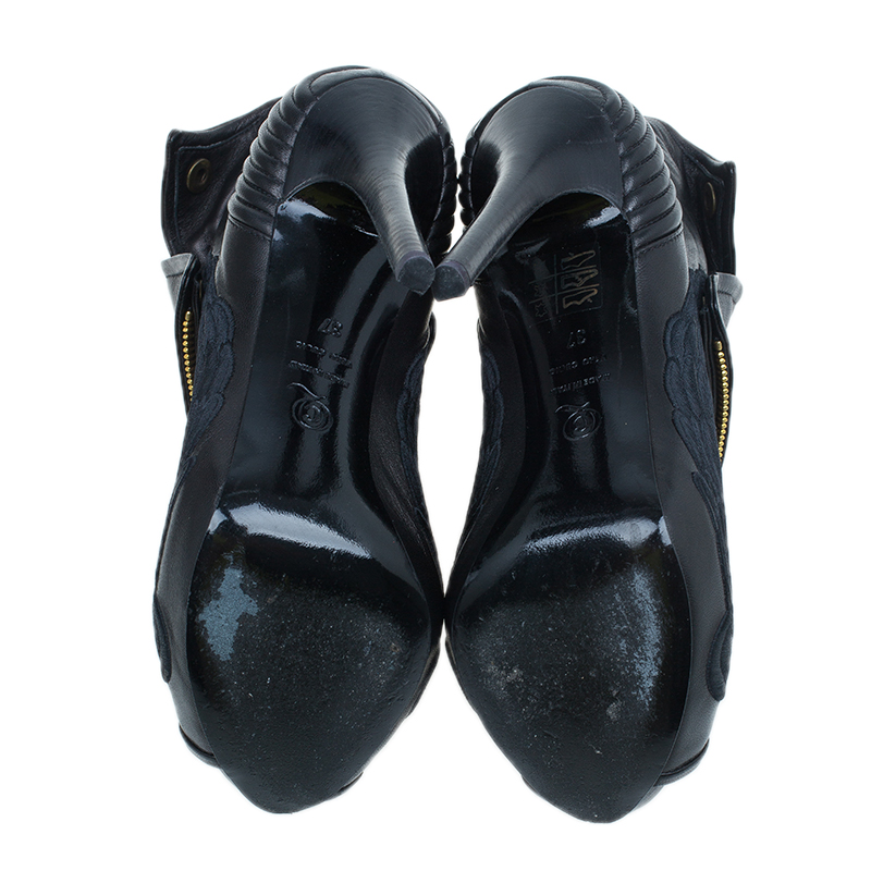 Alexander McQueen Black Leather Faithful Peep Toe Ankle Booties Size 37