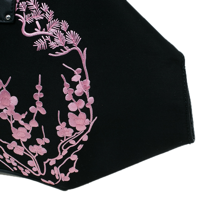 Alexander McQueen Black Satin Medium Embroidered Floral De Manta Clutch