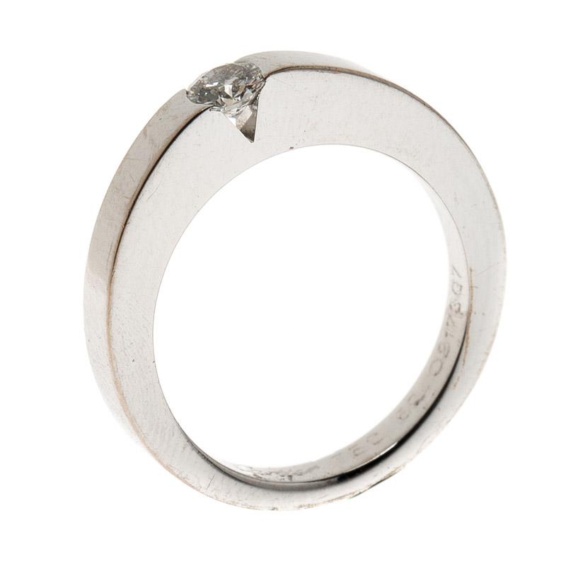 Купить со скидкой Cartier 0.21ct Diamond Solitaire 18k White Gold Ring Size 50