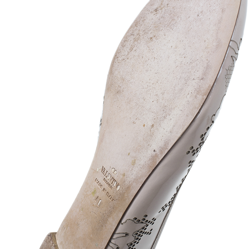 Valentino Nude Patent Lace Effect Ballet Flats Size 40