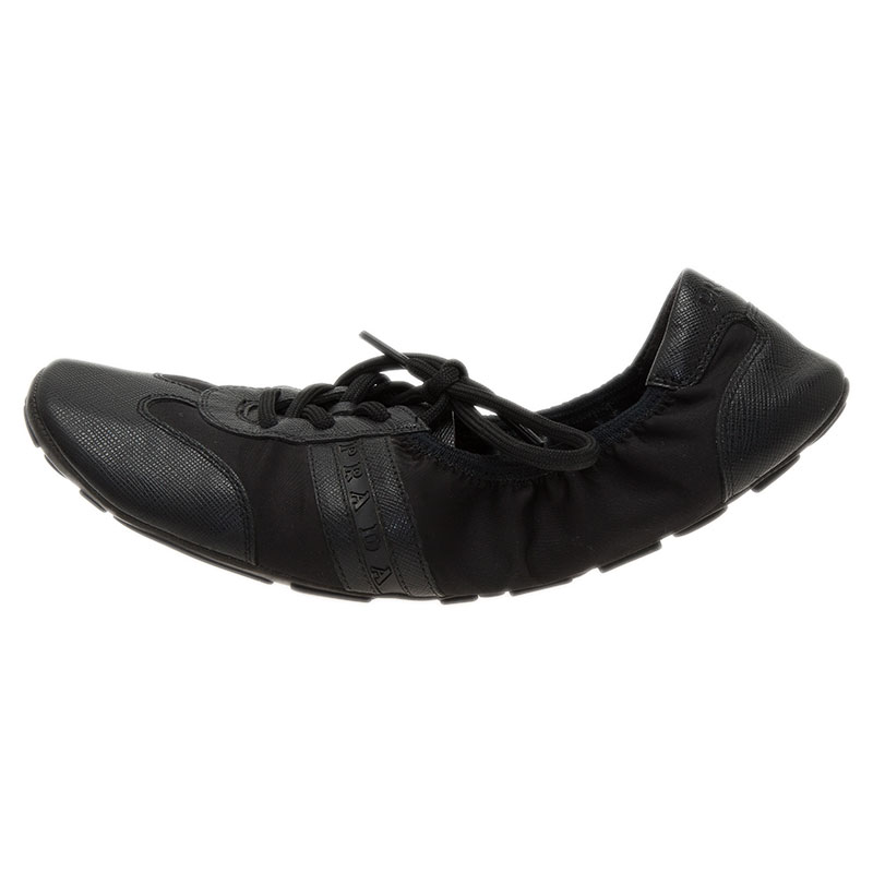 Prada Sport Black Leather Scrunch Lace Up Sneakers Size 38.5