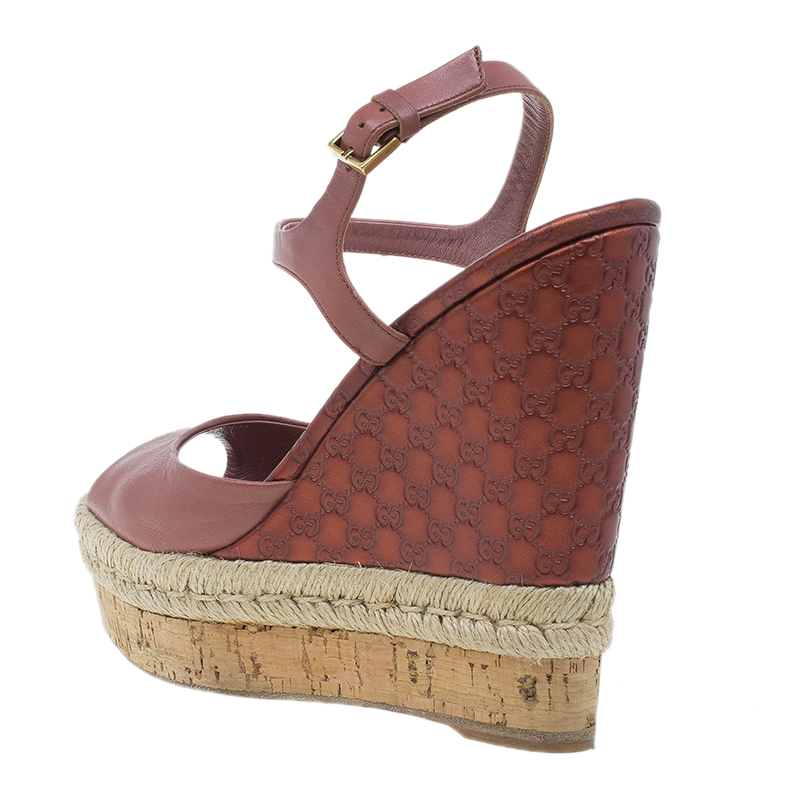 Gucci Pink Guccissima Leather and Cork Wedge Sandals Size 36