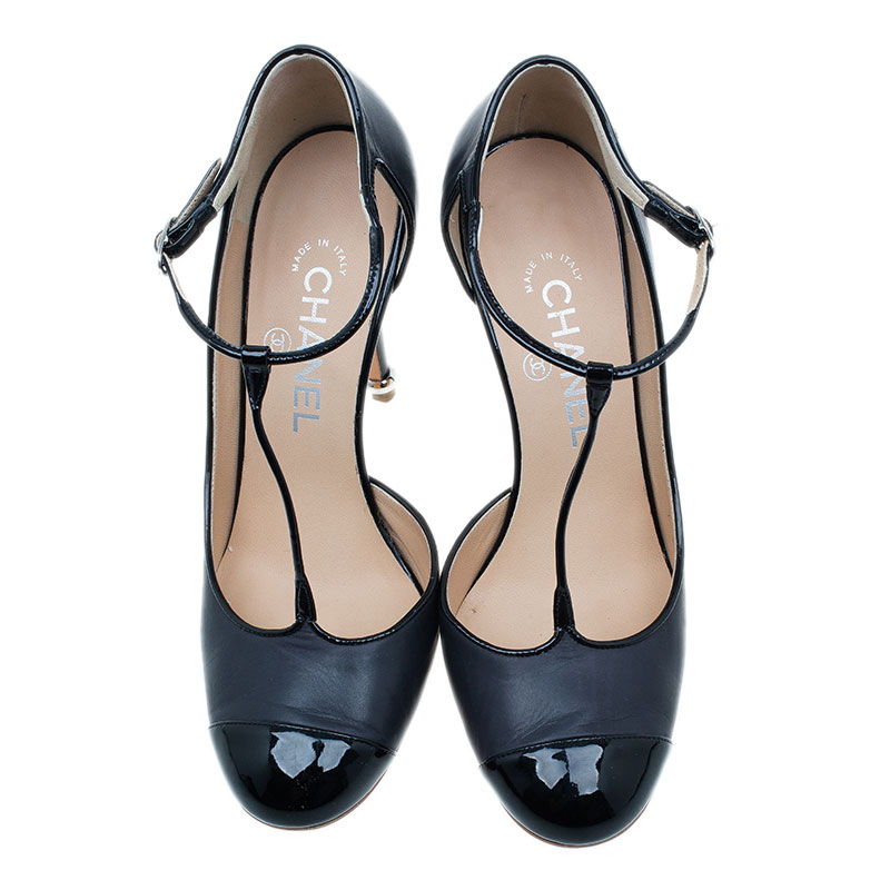 Chanel Black Leather Mary Jane Cap Toe T-Strap Pumps Size 38