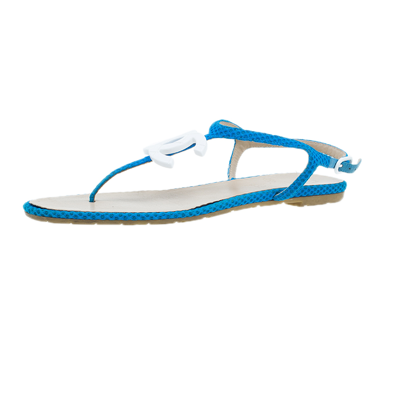 Chanel Blue Fabric CC Thong Sandals Size 37.5