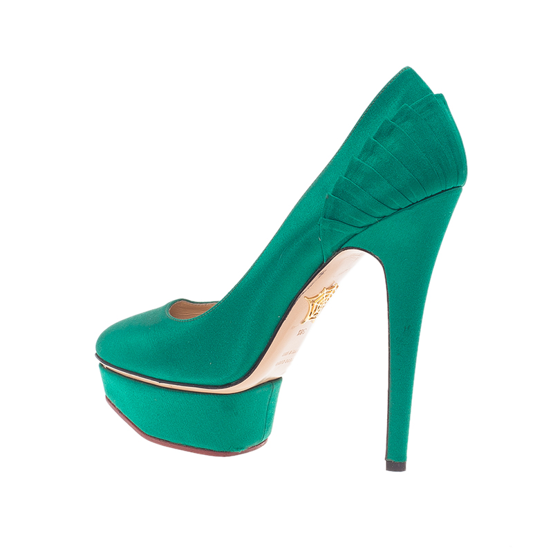 Charlotte Olympia Green Paloma Fan-Pleat Satin Pumps Size 38.5