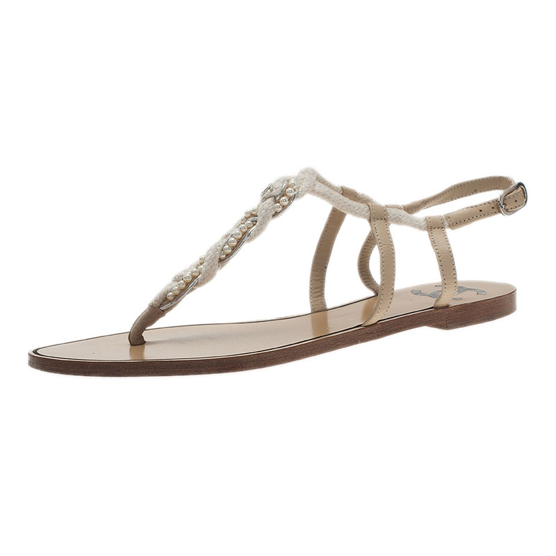 Chanel White Pearl and Lace Thong Sandals Size 38.5