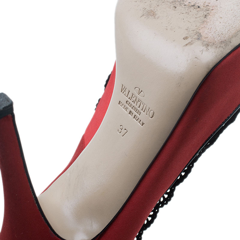 Valentino Red Satin and Lace Trim Dentelle Peep Toe Pumps Size 37