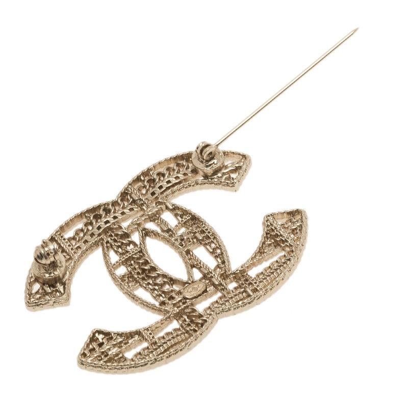 Chanel CC Chains Motif Gold Tone Brooch
