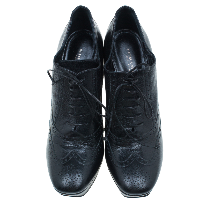 Bottega Veneta Black Leather Brogue Ankle Boots Size 40.5