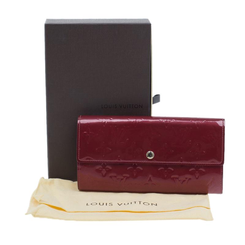 Louis Vuitton Amarante Monogram Vernis Sarah Wallet