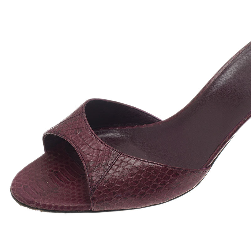 Gucci Burgundy Embossed Leather Bamboo Slides Size 37