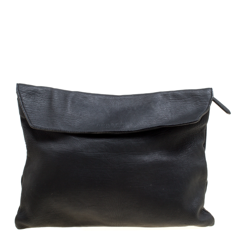 66fada27ac3f Buy Burberry Black Leather Flat Envelope Clutch 167258 at best price ...