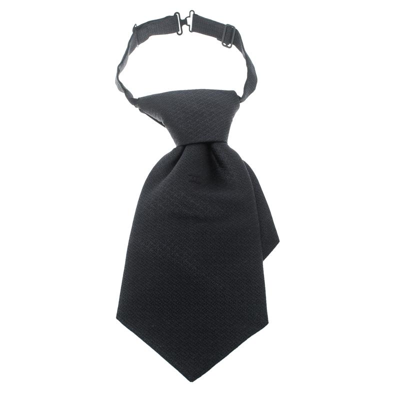 Купить со скидкой Chanel Grey Logo Embroidered Silk Jacquard Adjustable Short Traditional Tie