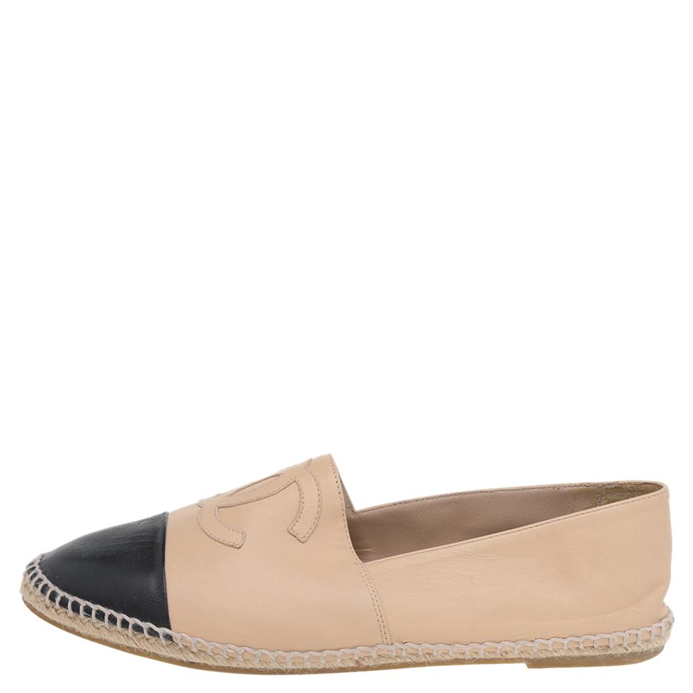 Chanel Beige/Black Leather CC Slip On Espadrilles Size 41
