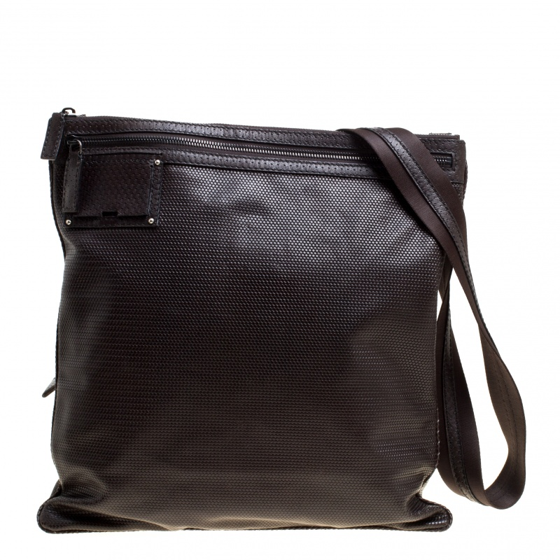 Купить со скидкой Fendi Dark Brown Woven Embossed Leather Flat Messenger Bag