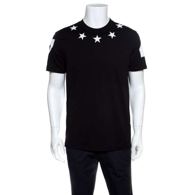 d4b6094f4e23 ... Givenchy Black Star Applique Detail Columbian Fit T-Shirt L. nextprev.  prevnext