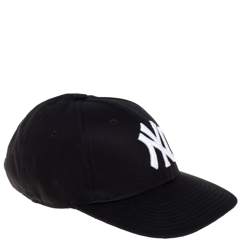 GUCCI BLACK NY YANKEES PATCH & BUTTERFLY APPLIQUED COTTON BASEBALL CAP