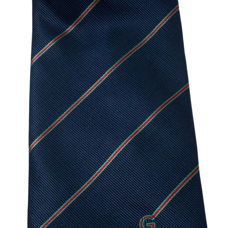 Gucci Vintage Navy Blue Diagonal Striped Silk Traditional Tie