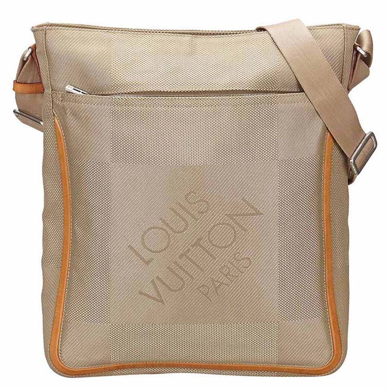 4c7dec11abc5 ... Louis Vuitton Earth Damier Geant Canvas Messenger Bag. nextprev.  prevnext