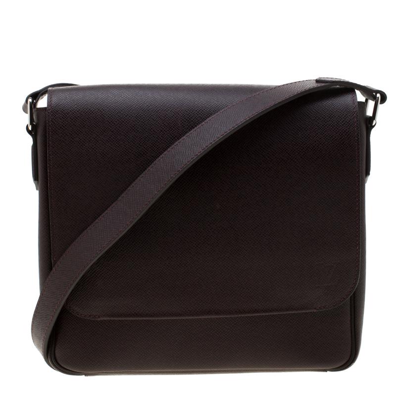 fb98ac12c91 Louis Vuitton Brown Taiga Leather Roman PM Messenger Bag