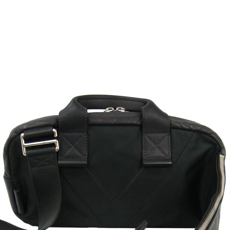 Pre-owned Louis Vuitton Gray Leather Fast Gaston V Line Asphalt Sling Bag In Grey