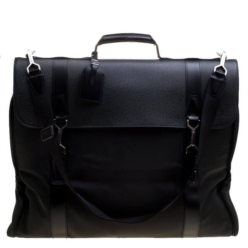 41d2385e761e ... Louis Vuitton Green Taiga Leather and Nylon Garment Bag. nextprev.  prevnext