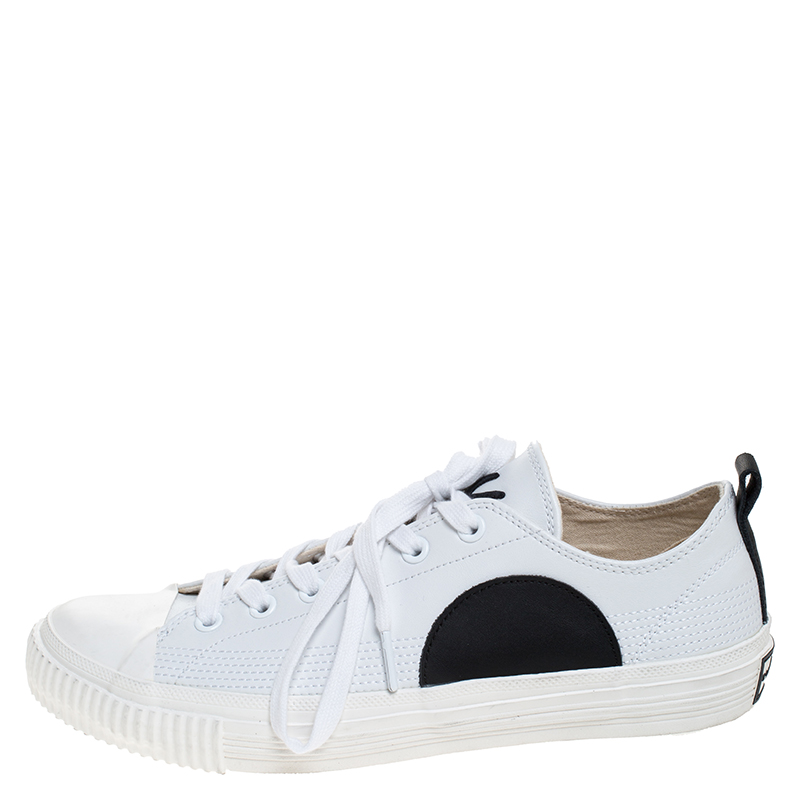 McQ by Alexander McQueen White/Black Leather And Rubber Swallow Plimsoll Low Top Sneakers Size