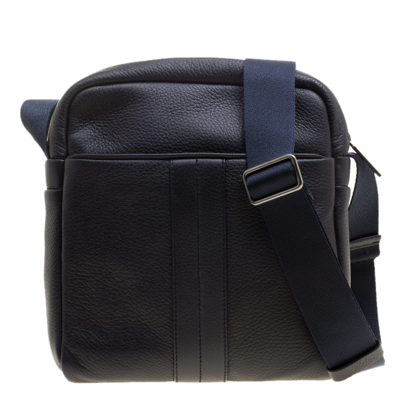 Buy Tod s Navy Blue Leather Pillow Reporter Bag 137446 at best price ... c8c88f1d0cf1d