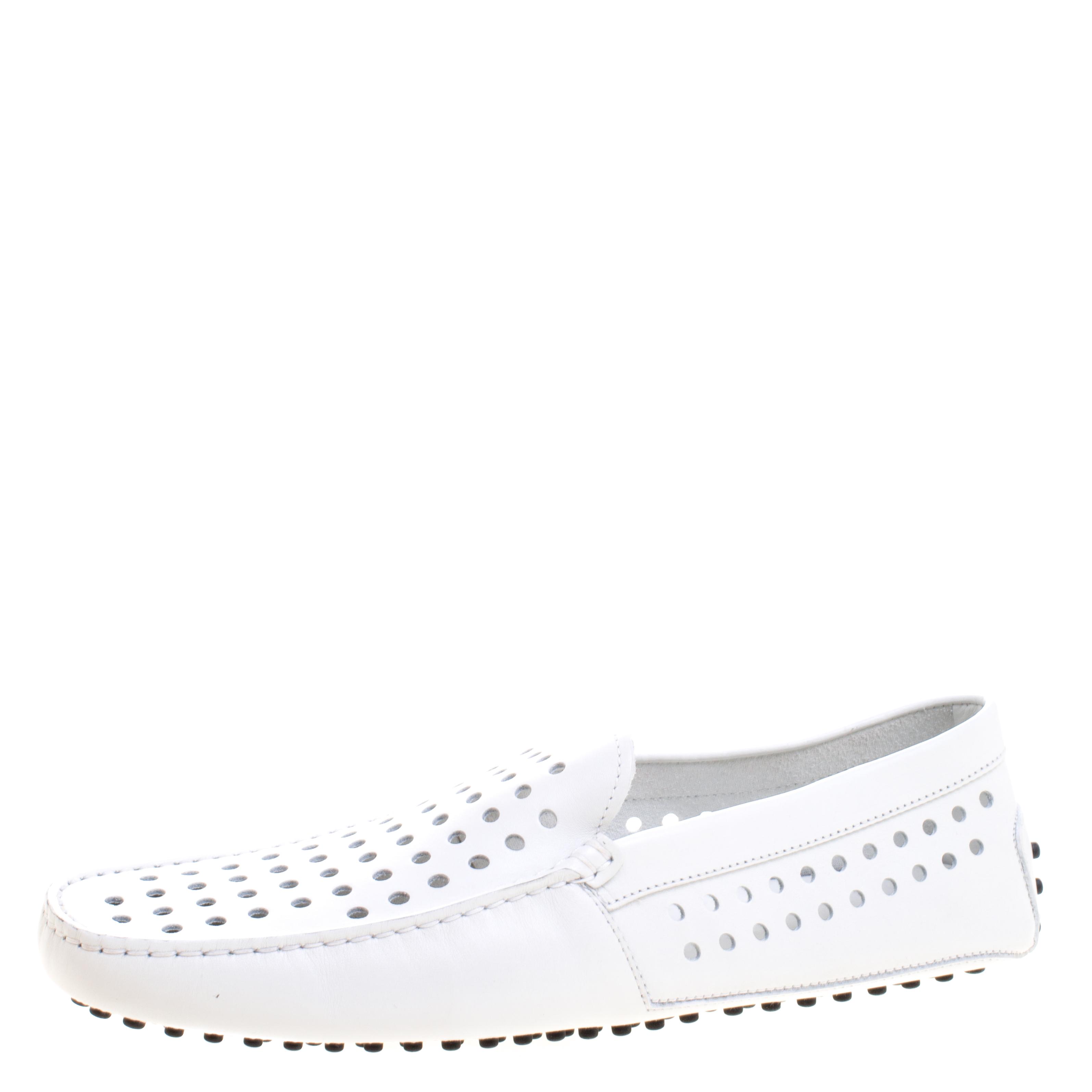 a5f8b456a إشتري حذاء لوفرز تودز جلد أبيض مثقب مقاس 43 110526 بأفضل الاسعار ...