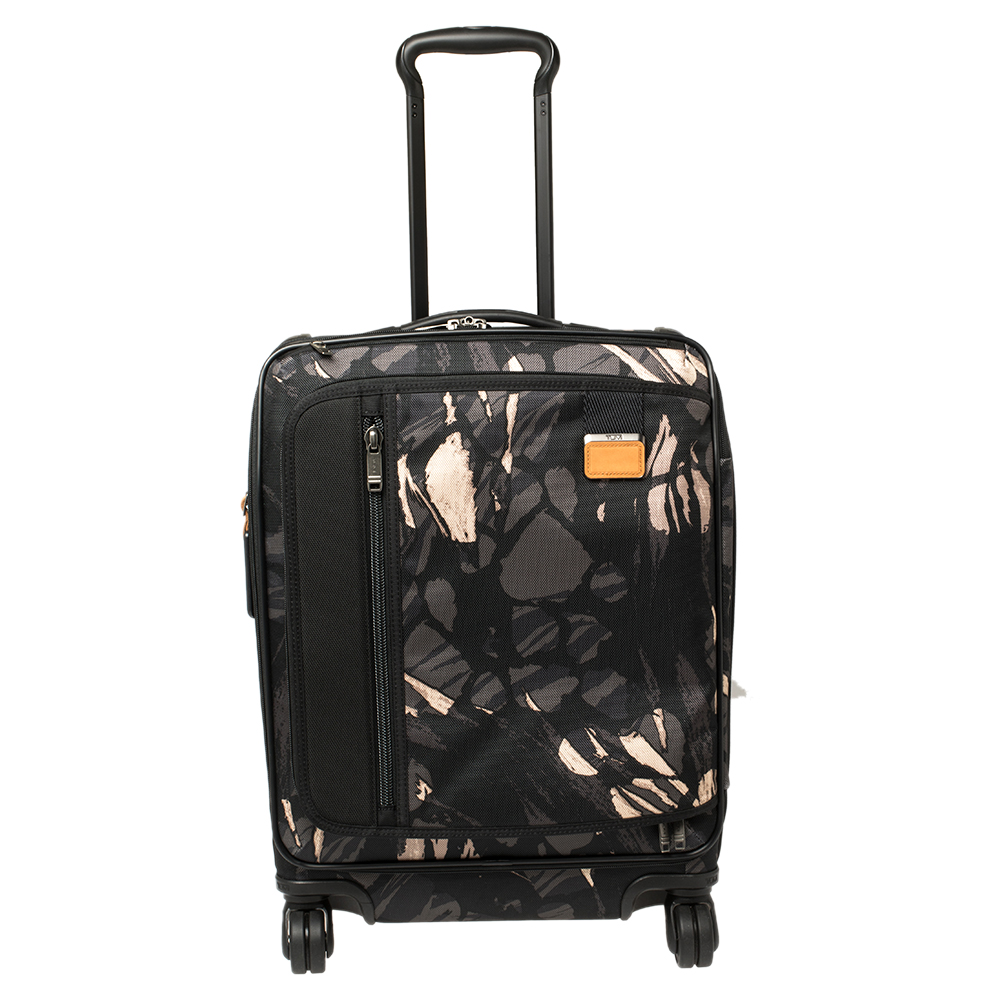 Pre-owned Tumi Black Highlands Print Nylon Merge Continental Expandable Carry On Luggage