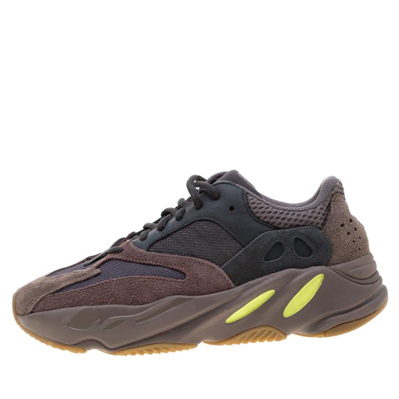 reputable site 561d6 f74e7 Yeezy x Adidas Mauve Mix Media Boost 700 Wave Runner Sneakers Size 40.5