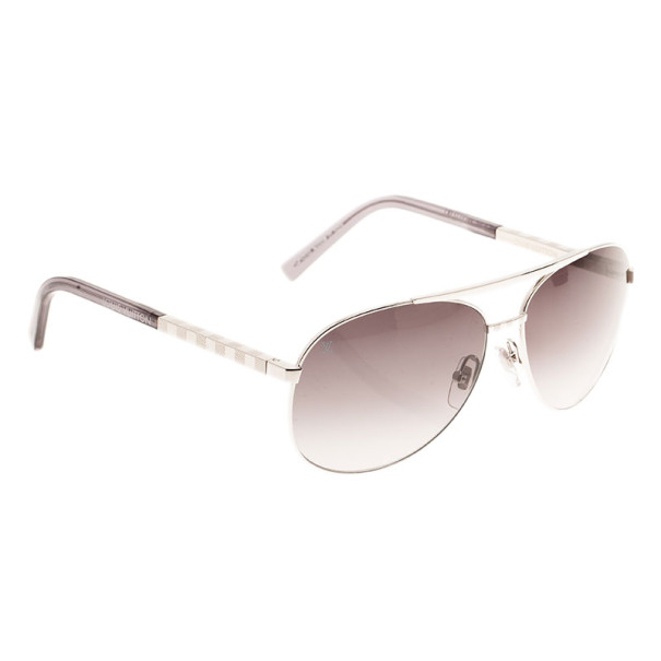 2fec8963b38f Buy Louis Vuitton Silver Attitude Pilote Unisex Aviators 11152 at best price