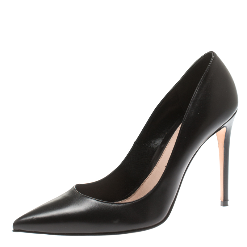 Alexander McQueen Black Leather Horn Pointed Toe Pumps Size 39