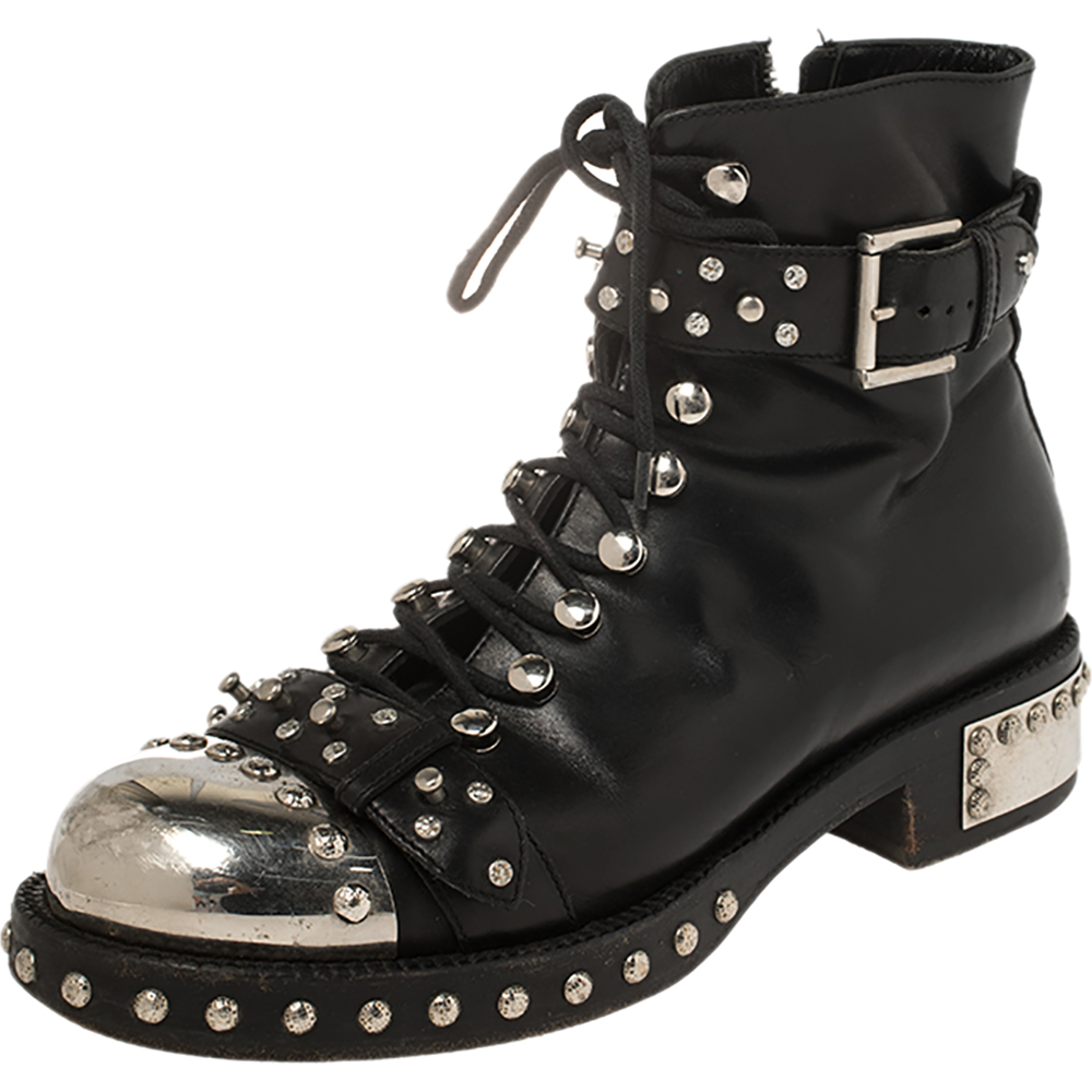 Pre-owned Alexander Mcqueen Black Leather Cap Toe Studded Ankle Boots Size 39