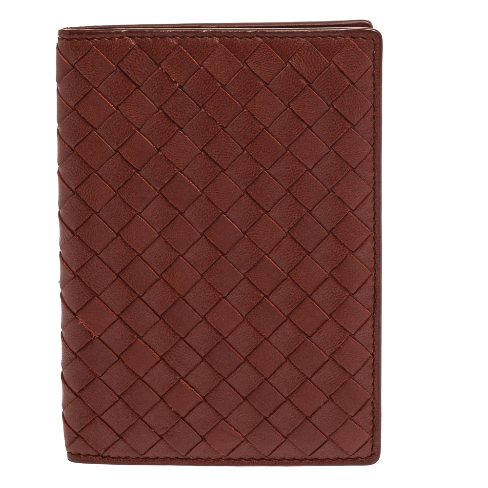 Pre-owned Bottega Veneta Copper Intrecciato Leather Passport Holder In Brown