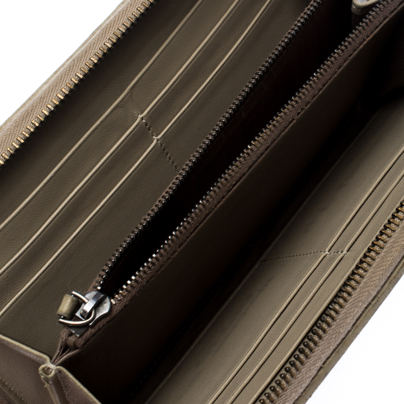 Bottega Veneta Pale Green Intrecciato Leather Zip Around Wallet  - buy with discount